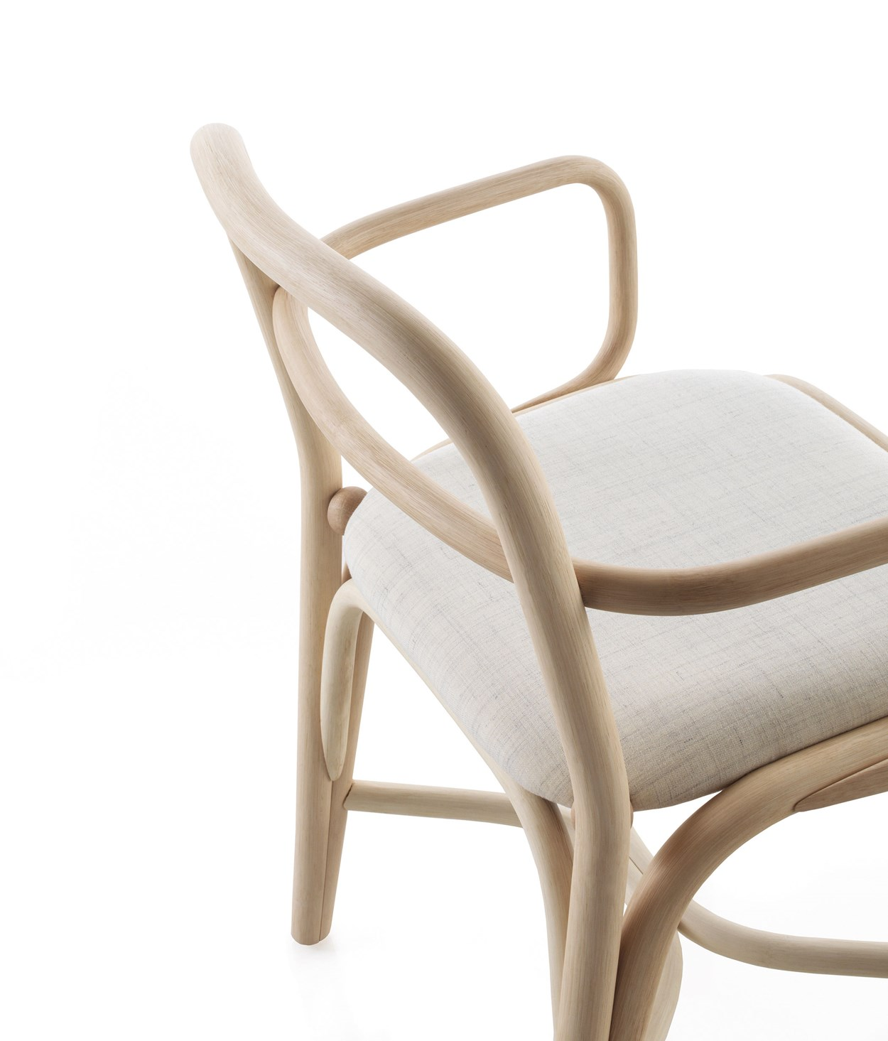 39-expormim-fontal-indoor-chair-oscar-tusquets-blanca.jpg
