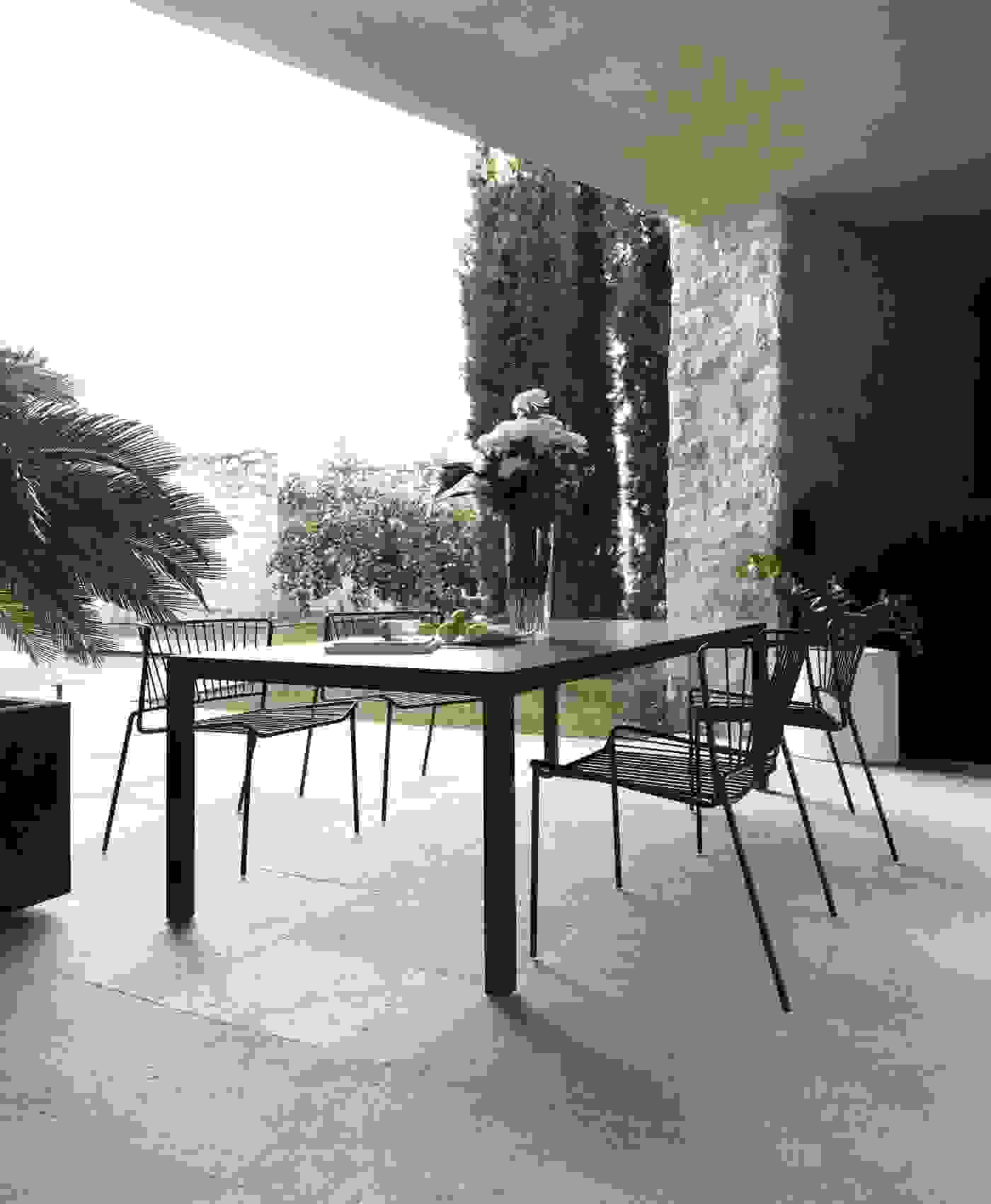 81-expormim-out_line-outdoor-chairs.jpg