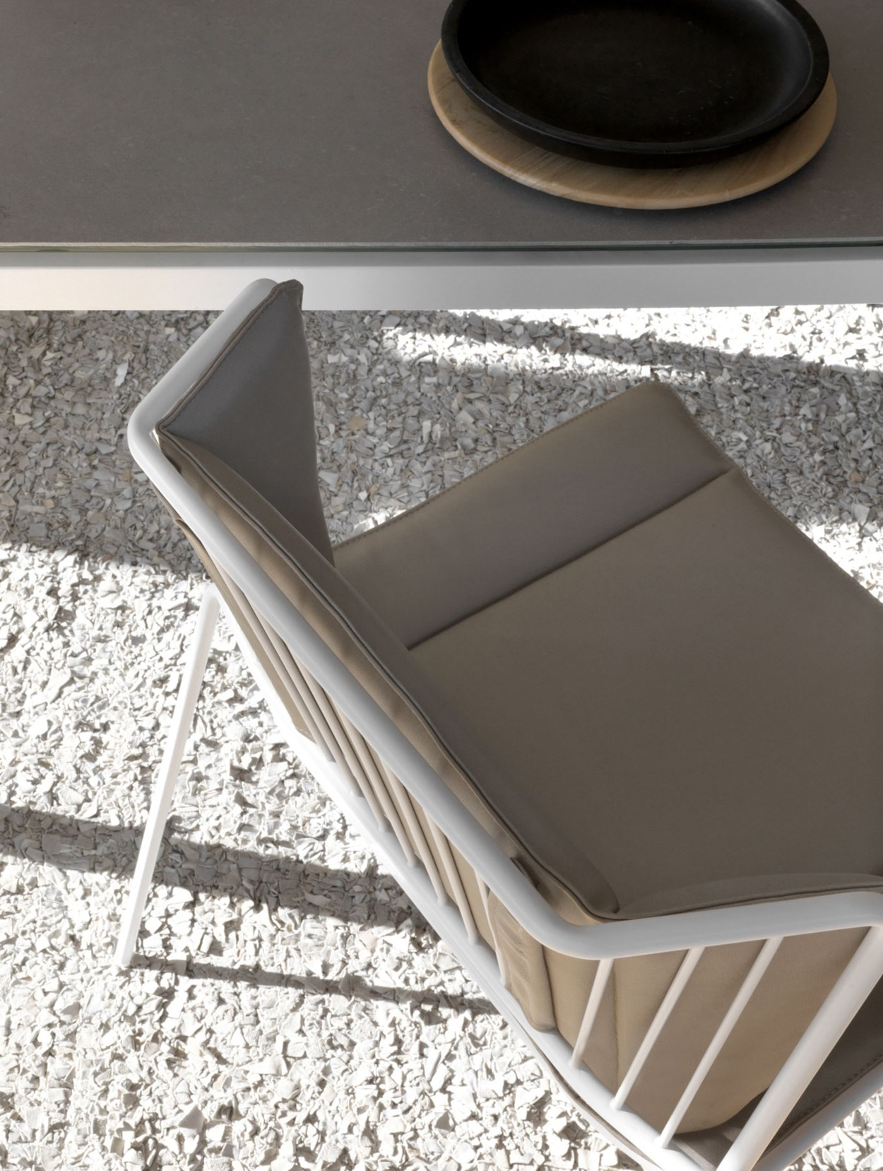 85-expormim-out_line-outdoor-chair.jpg