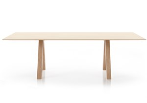 VICCARBE-Trestle_John Pawson-table.jpg