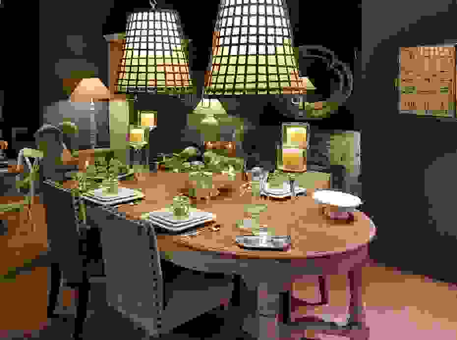 BRUCS_Dining-Table_Clasic.jpg