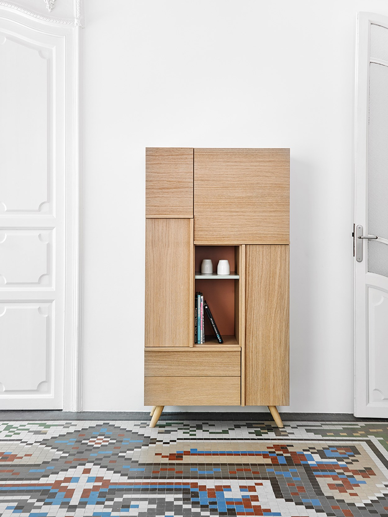 megamobiliario-cabinets-natural-wood.jpg