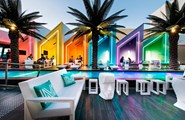 exclusive-outdoor-furniture-sofa-stool-sun-chaise-adam-frame-faz-matisse-beach-club-vondom (7).jpg