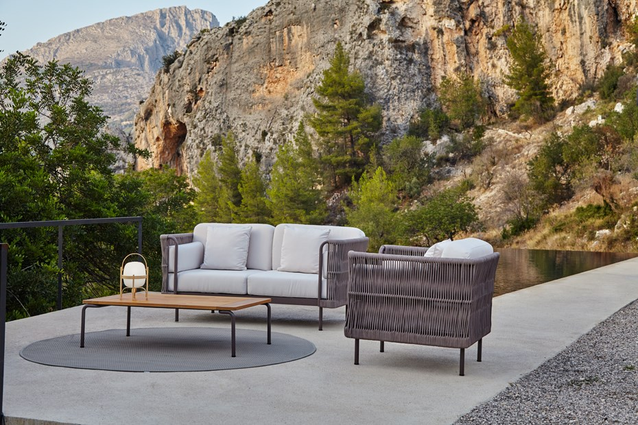 point-weave-outdoor-lounge-collection