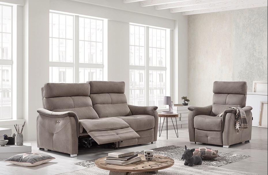 acomodel-relax-sofa-and-armchair