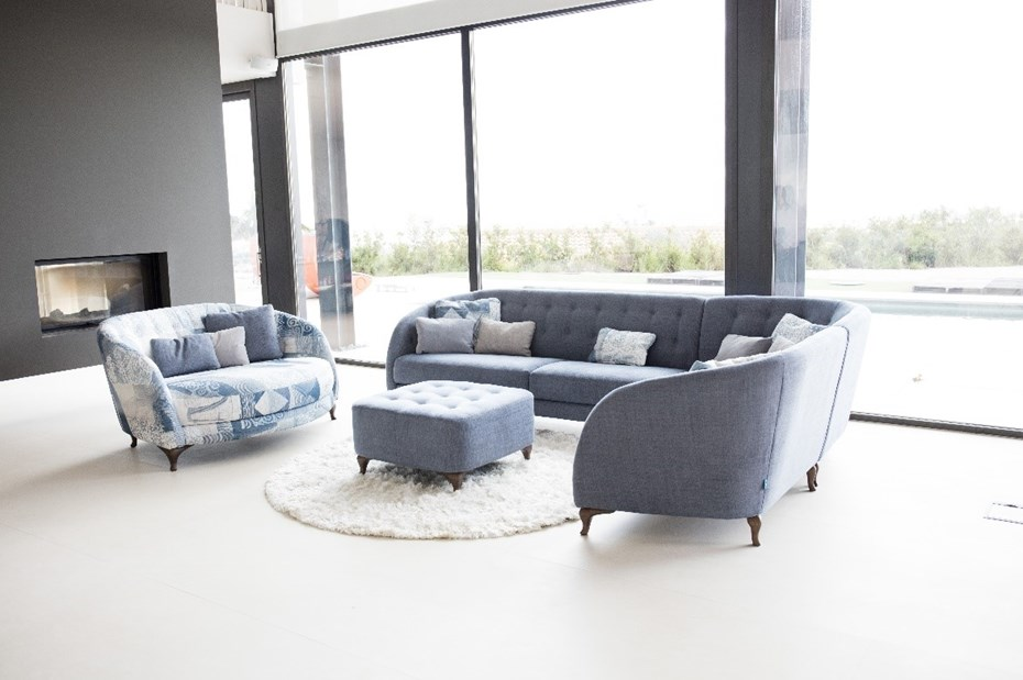 The ASTORIA corner sofa & armchair: a perfect fusion of fashion & tradition