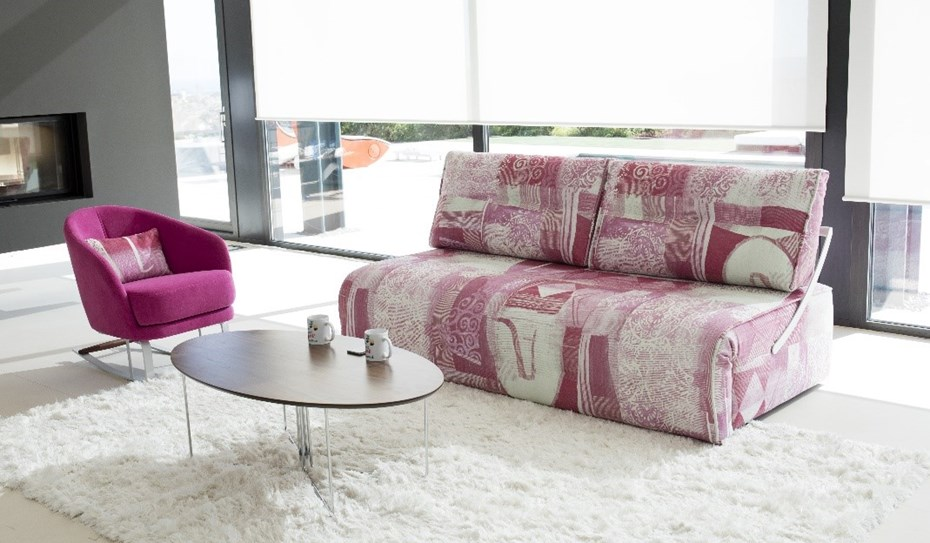 The INDI sofa-bed with the KOMBA armchair