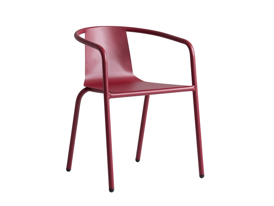 The CADIZ chair, a modern tribute to traditional bistro chairs
