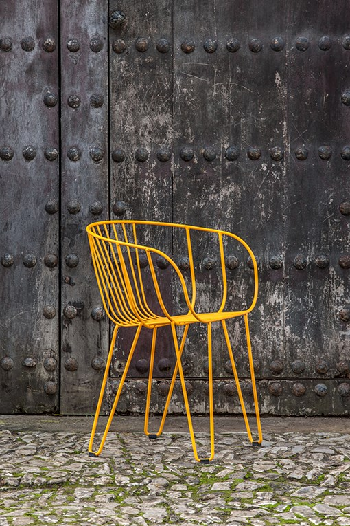 OLIVO chair, light but with a great personality