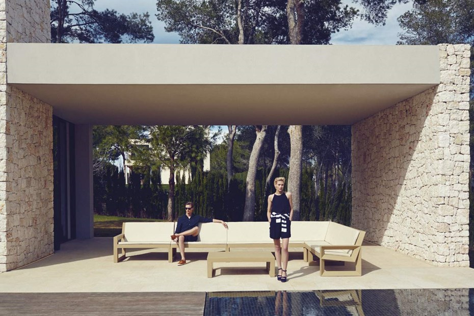 FRAME collection by Ramón Esteve for VONDOM