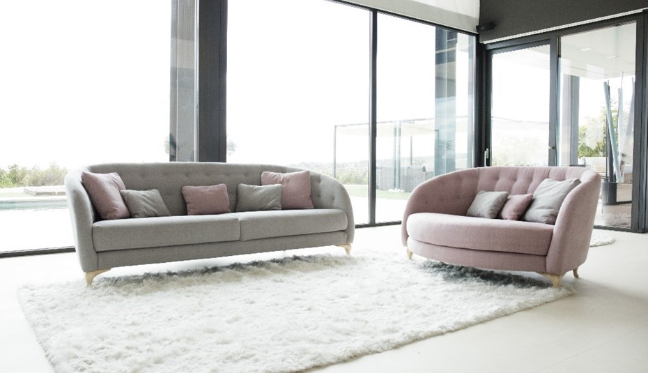 fama-astoria-sofa-armchair
