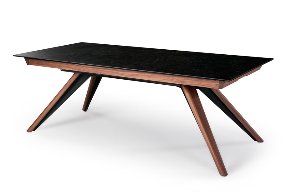 FIOCCO The New Deluxe Table From DISCALSA Furniture