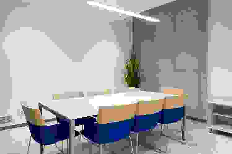 capdell_concord_armchair_furniture_meeting room.jpg