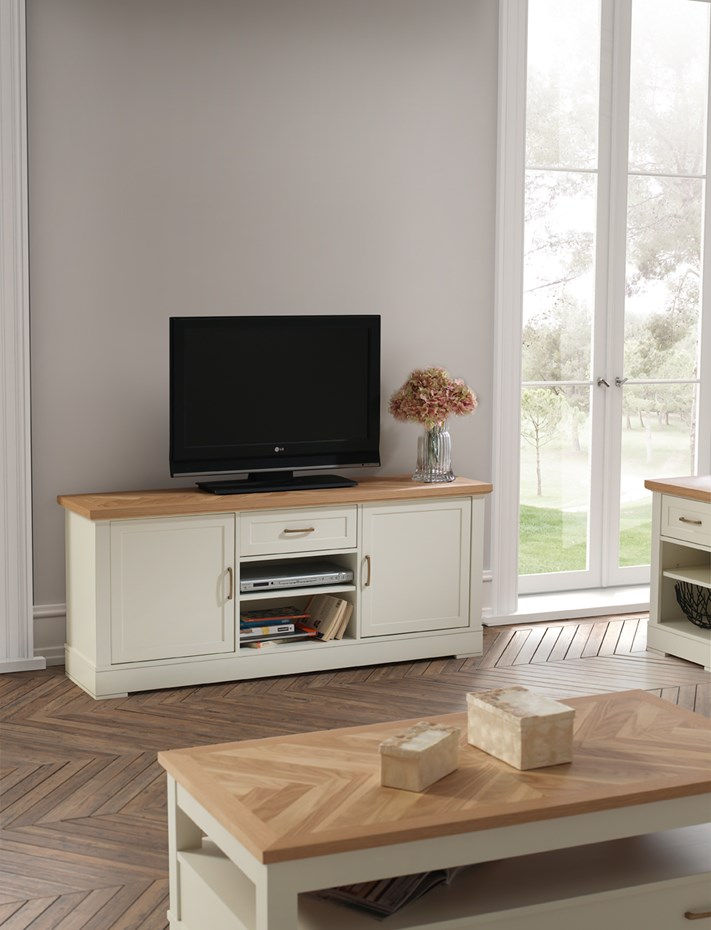 panamar-muebles-white-lacquered-living-room-furniture