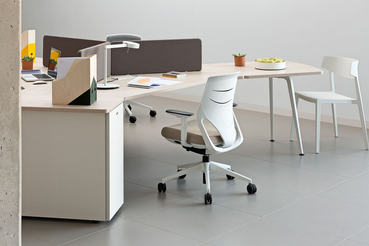 actiu-efit-office-chair-6.jpg