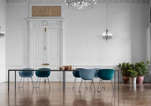 ondarreta-dry-table-bai-trineo-chairs.jpg