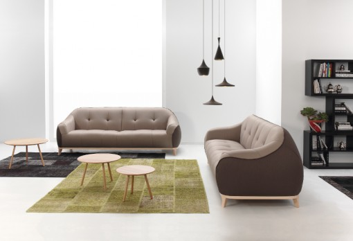 The CAMP sofa and the RUND coffee tables by BELTÀ