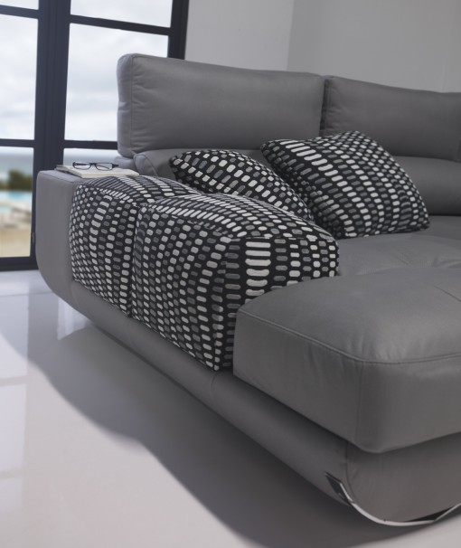 Stylish detailing and high comfort in the new sofa collections by LUMAR SOFAS