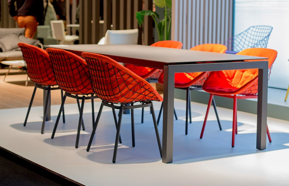 musola-salvia-outdoor-table-canasta-chairs