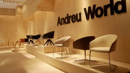 The stand of ANDREU WORLD at I Saloni 2013