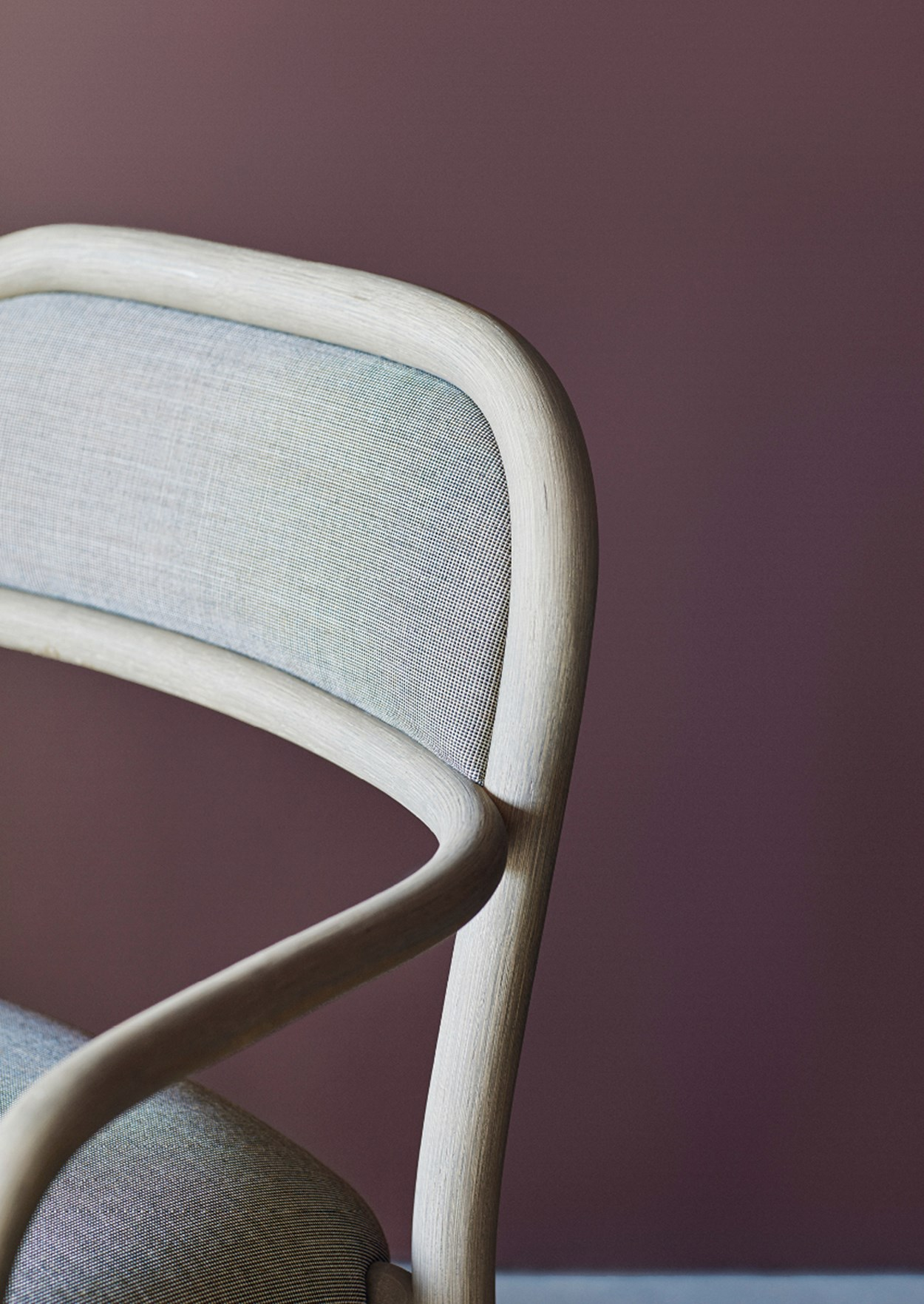 expormim-fontal-chair-03.jpg