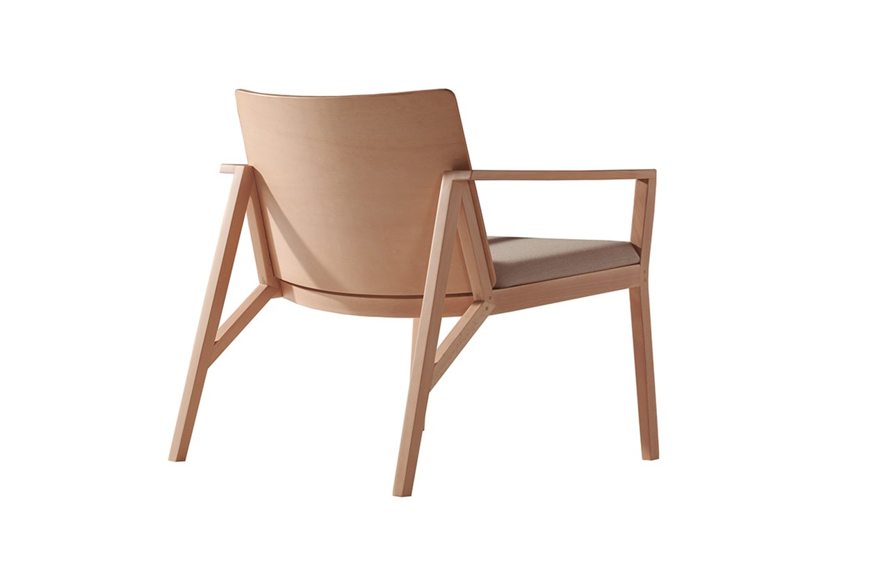 capdell-marta-243MT-armchair.jpg