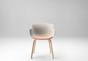 ondarreta-bai-wood-chair-04.jpg