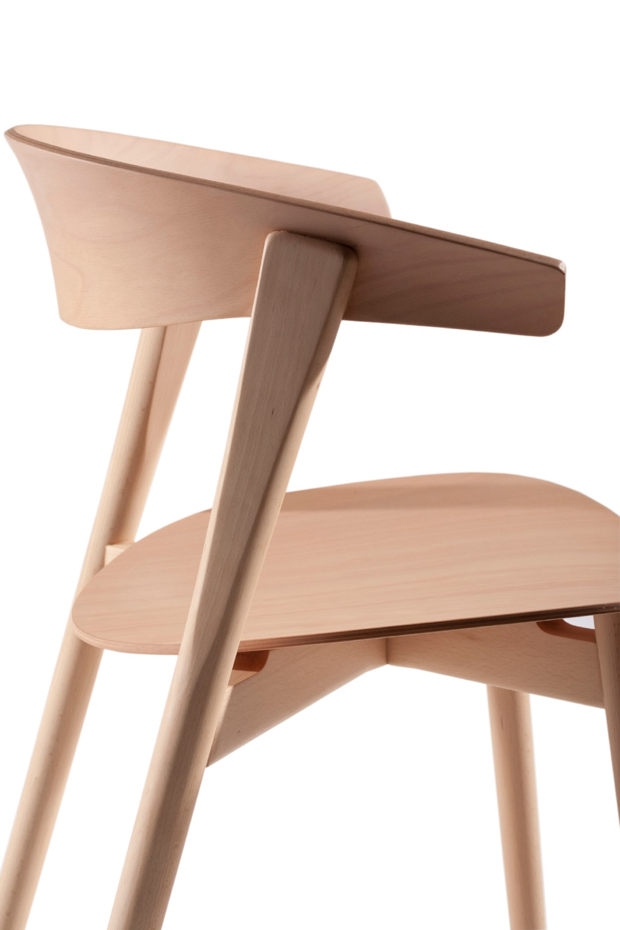 Capdell-NIX -chair3.jpg