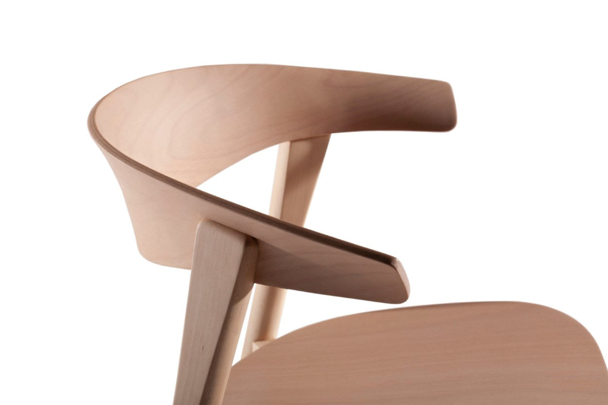 Capdell-NIX-chair1.jpg