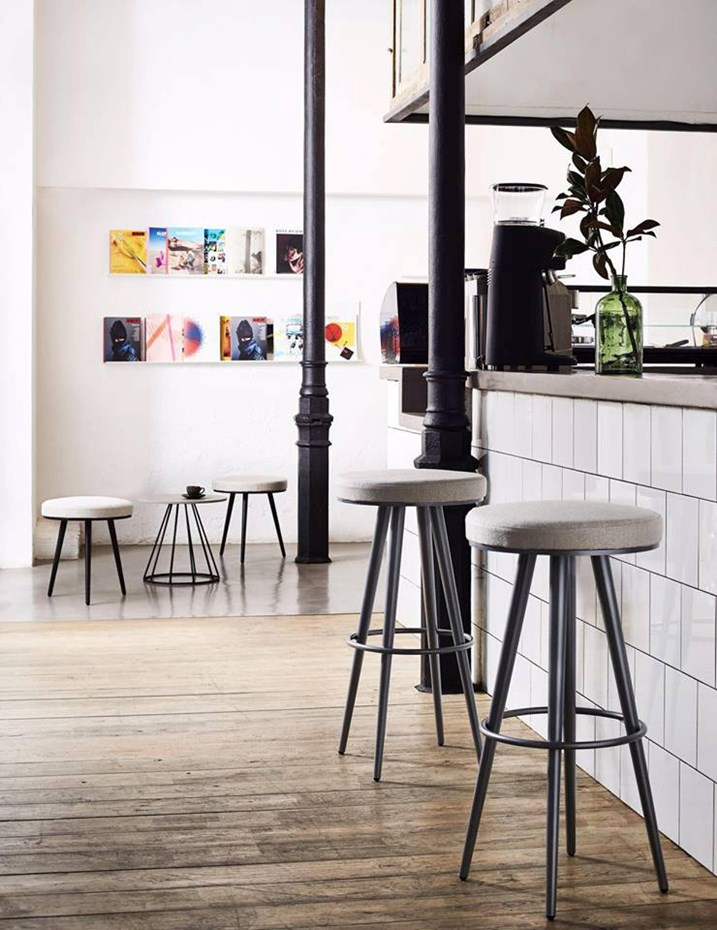 bivaq-vint-high-and low-stools