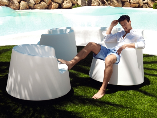 The ROULETTE collection by Eero Aarnio for VONDOM