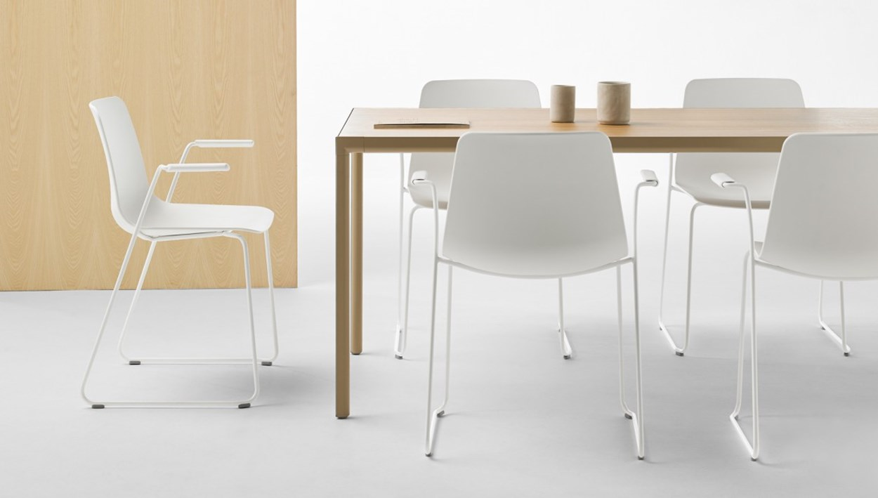 inclass-varya-chairs-1.jpg