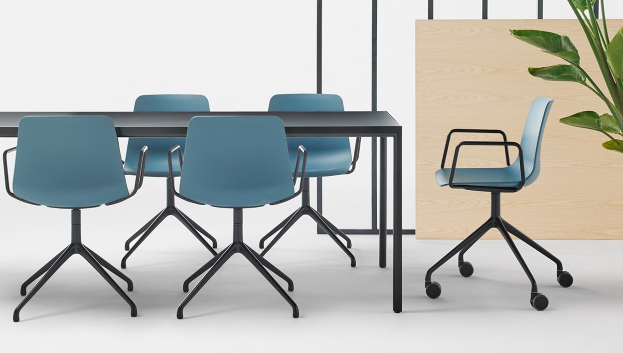 inclass-varya-chairs-5.jpg