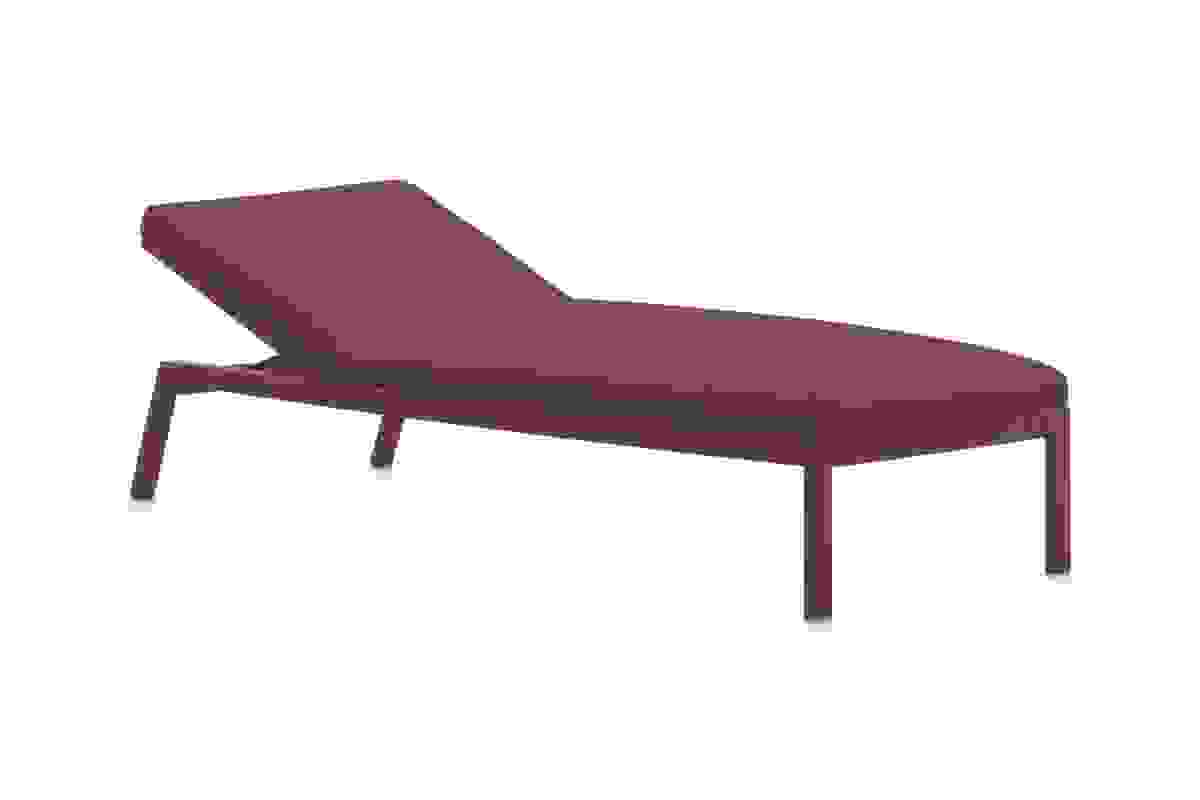 Gandiablasco-Timeless-sun-lounger-wine red.jpg
