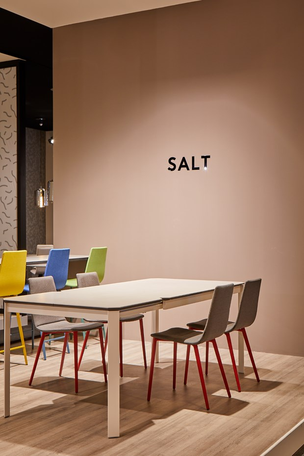 mobliberica-salt-table