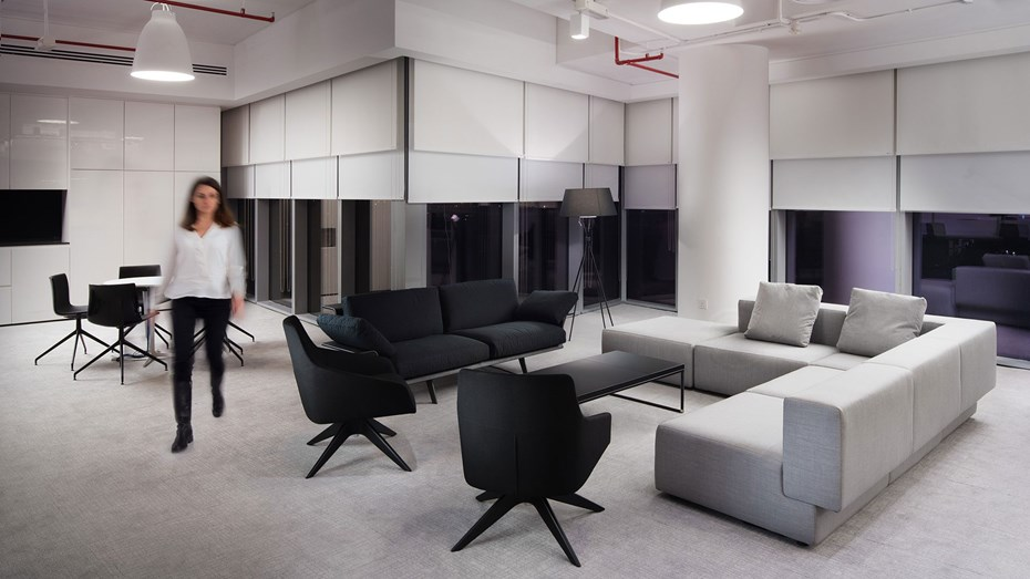 kendo-chanel-offices-dubai-tray-coffee-tables