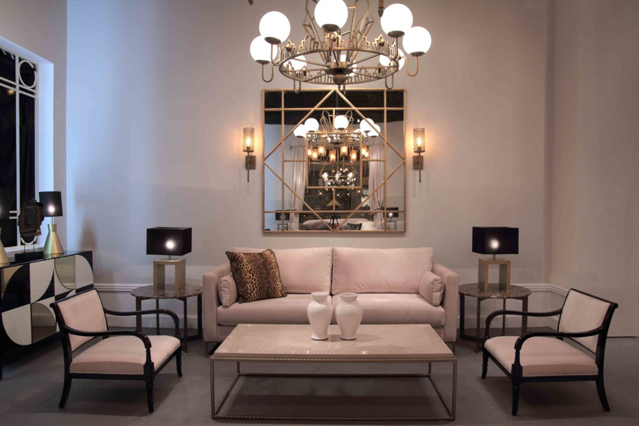 GUADARTE - CENTURY COLLECTION - LIVING ROOM 03.jpg