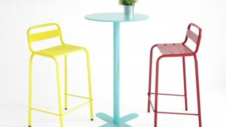ANTIBES tables and BARCELONETA stools