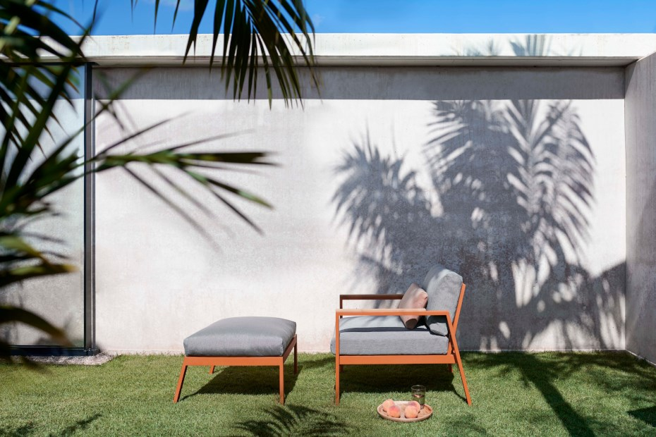 gandiablasco-sillon-timeless