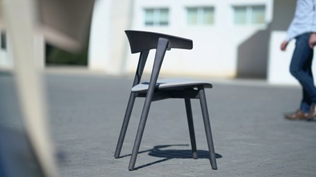 capdell-nix-chair-02.jpg