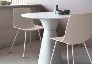 inclass-essens-collection-tables-01.jpg