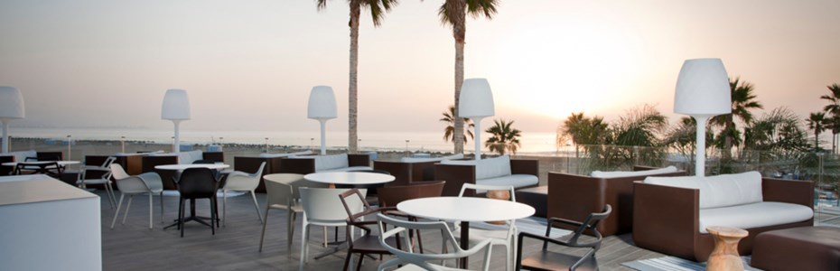 VONDOM-Beach-Club-Valencia-Spain-01.jpg