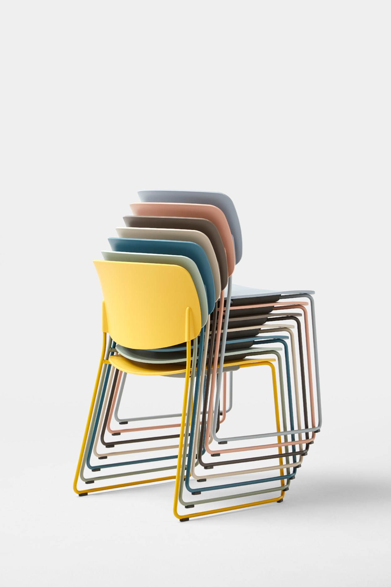 inclass-aryn-chair-03.jpg