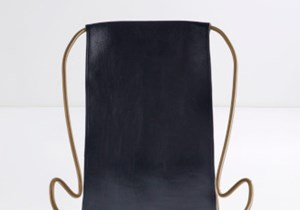 JoverValls-Hug-CHAISE-LONGUE-Steel-AGEDBRASS-Leather-NAVY-5.jpg