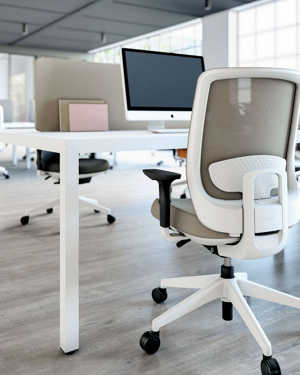 Actiu-trim-Serie30-office-chair-3.jpg