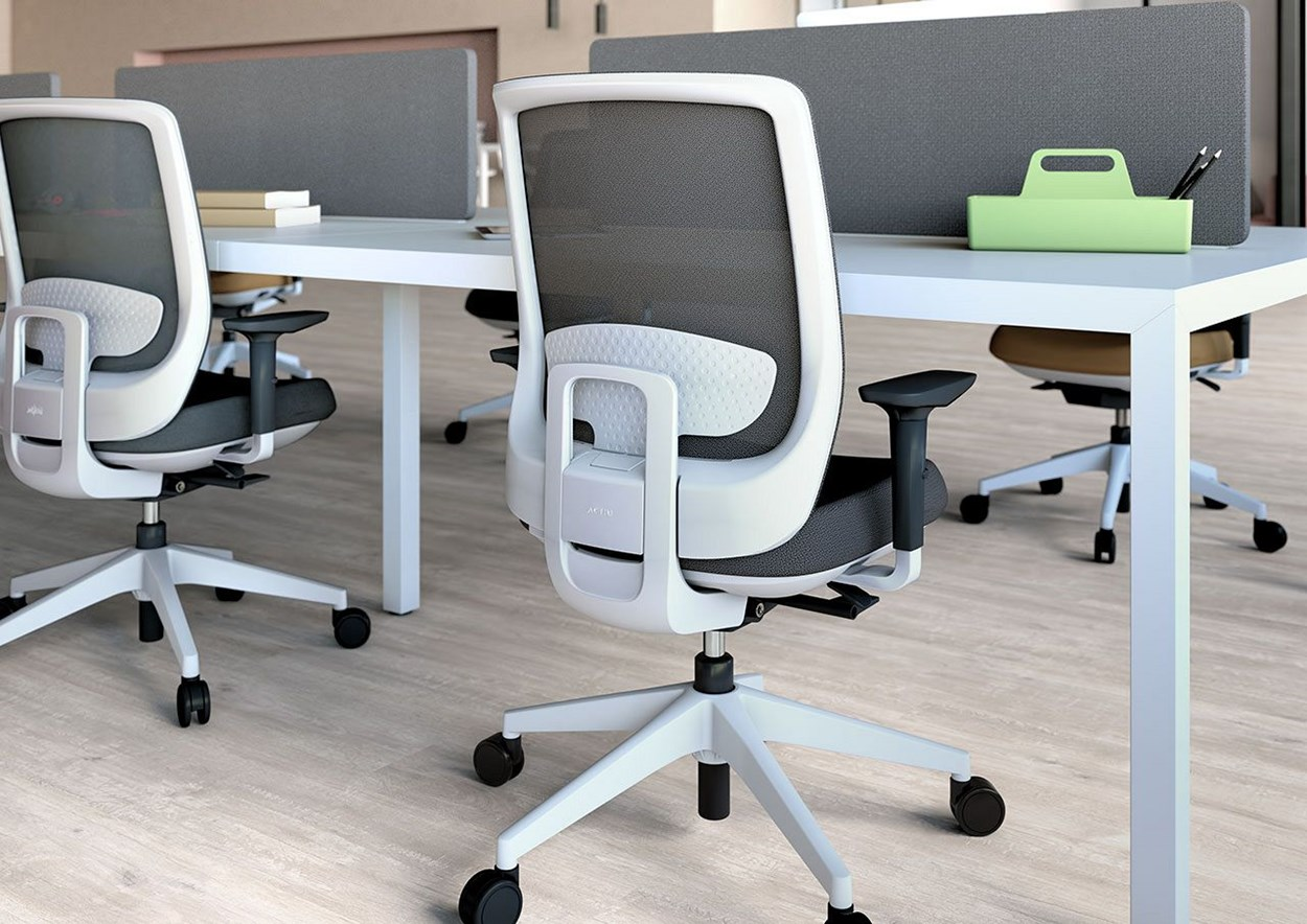 Actiu-trim-Serie30-office-chair-4.jpg
