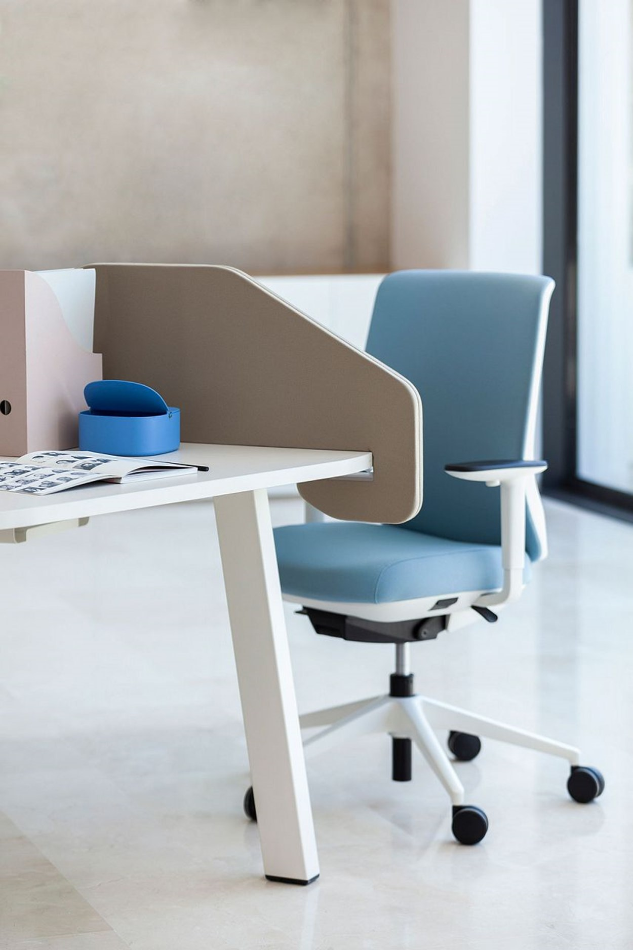 actiu-trim-50-office-chair-7.jpg