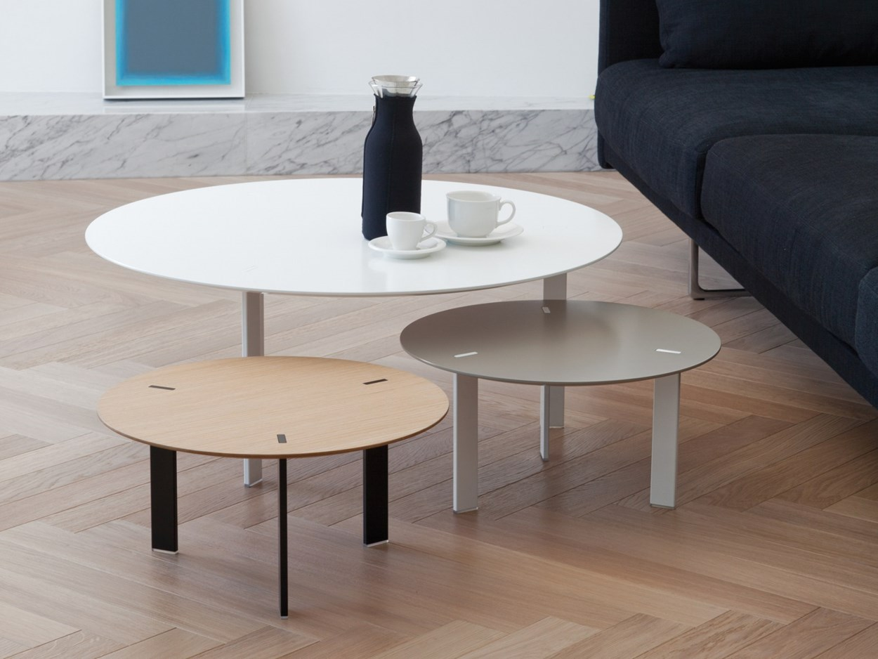 viccarbe-ryutaro-side-tables-3.jpg