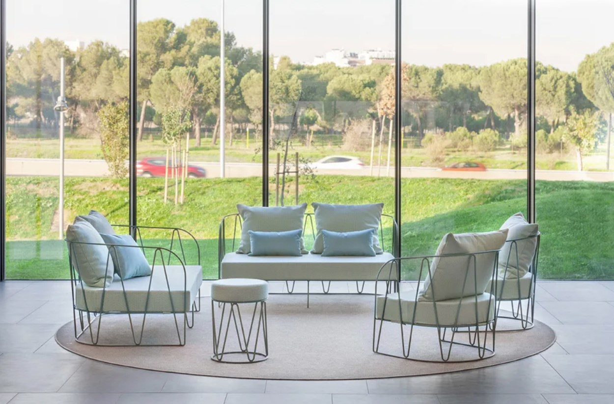 isimar-lagarto-outdoor-lounge-collection.jpg