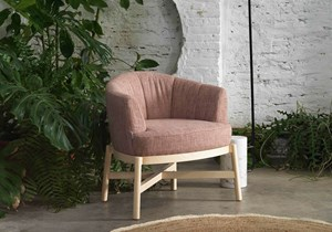 koo-international-flower-armchair-01.jpg